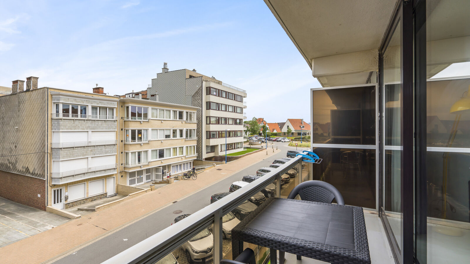 Studio with fold-up bed(s) in Koksijde