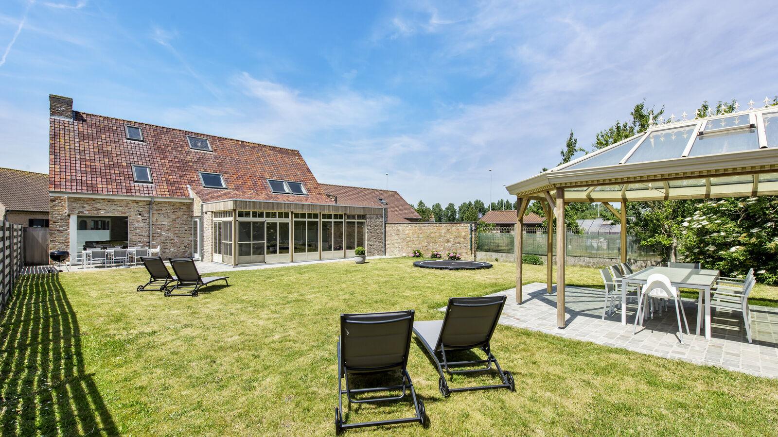 Villa 5 slaapkamers in Wulpen